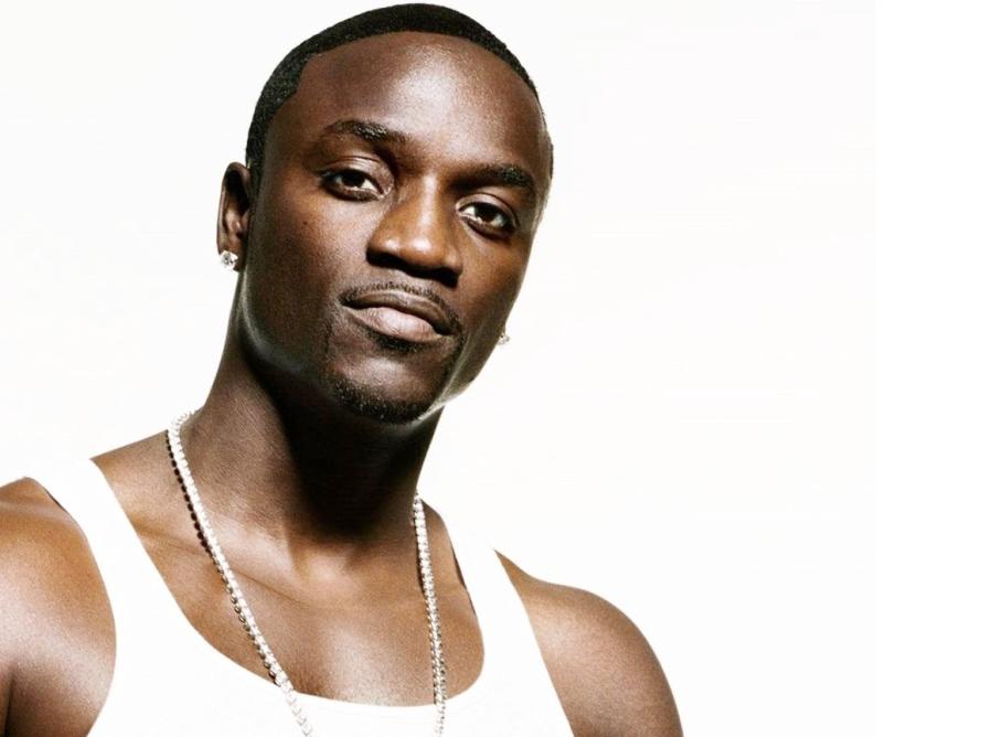 30 de Abril - Akon