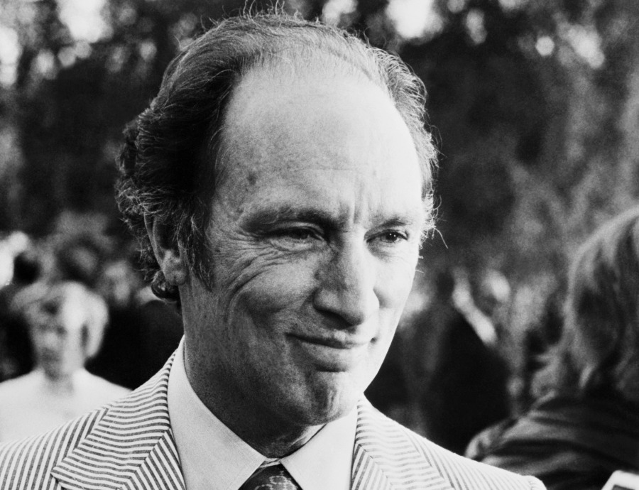 FRANCE:An unsituated portrait of Canadian Prime Minister, Pierre Elliott Trudeau, taken 13 August 1975. (Photo credit should read AFP/Getty Images)
