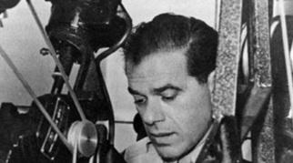 18 de maio - Frank Capra, cineasta estadunidense (m. 1991).
