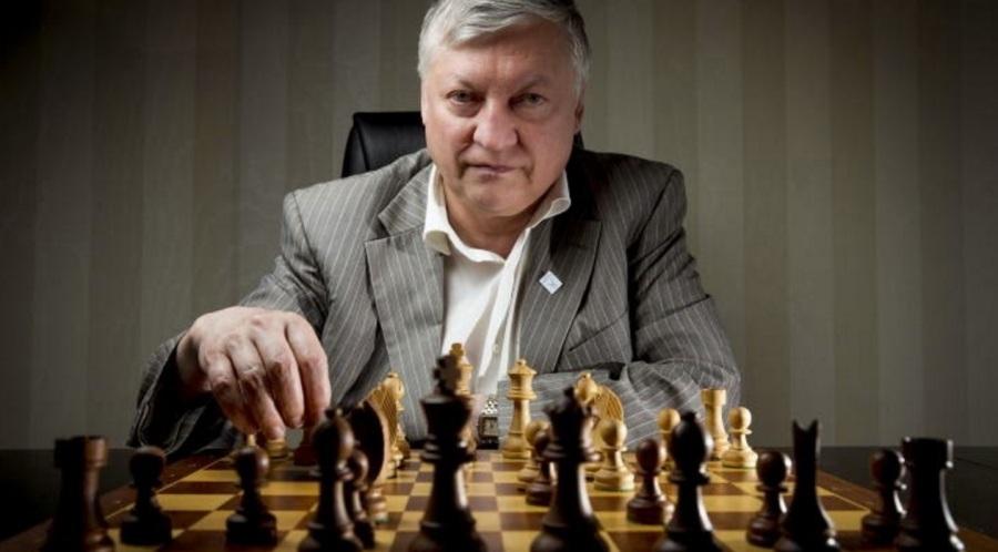 23 de maio - Anatoly Karpov, jogador de xadrez russo