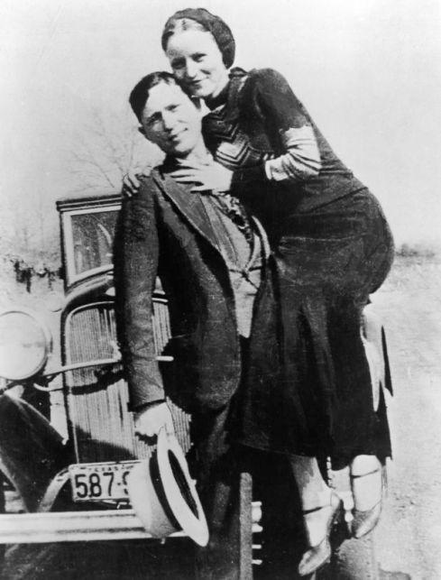 23 de maio - Bonnie E Clyde, criminosos norte-americanos