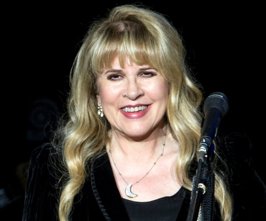 26 de maio - Stevie Nicks, cantora estadunidense