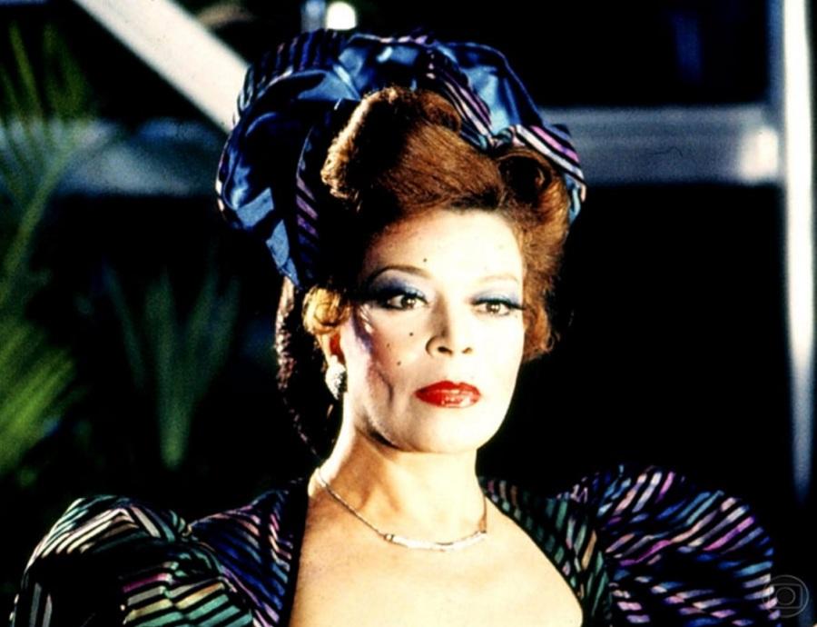 27 de maio - Consuelo Leandro, atriz e humorista brasileira (m. 1999).