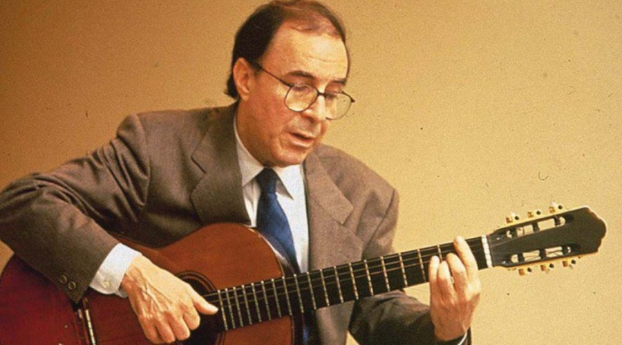 10 de junho - João Gilberto, músico brasileiro