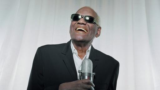 10 de junho - Ray Charles, cantor e pianista estadunidense