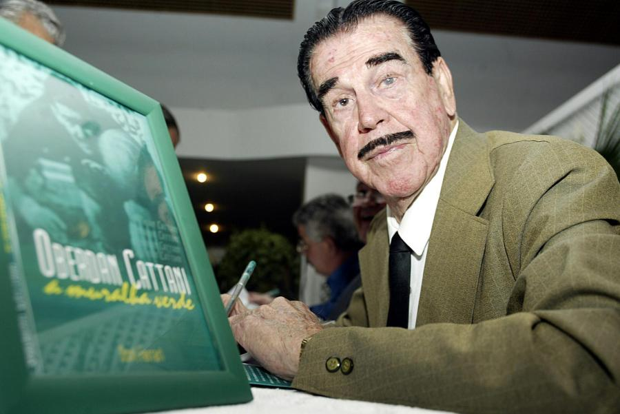 12 de junho - Oberdan Cattani, ex-futebolista brasileiro