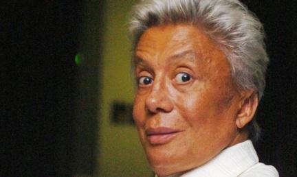 17 de junho - Clodovil Hernandes, estilista, apresentador de TV e político brasileiro