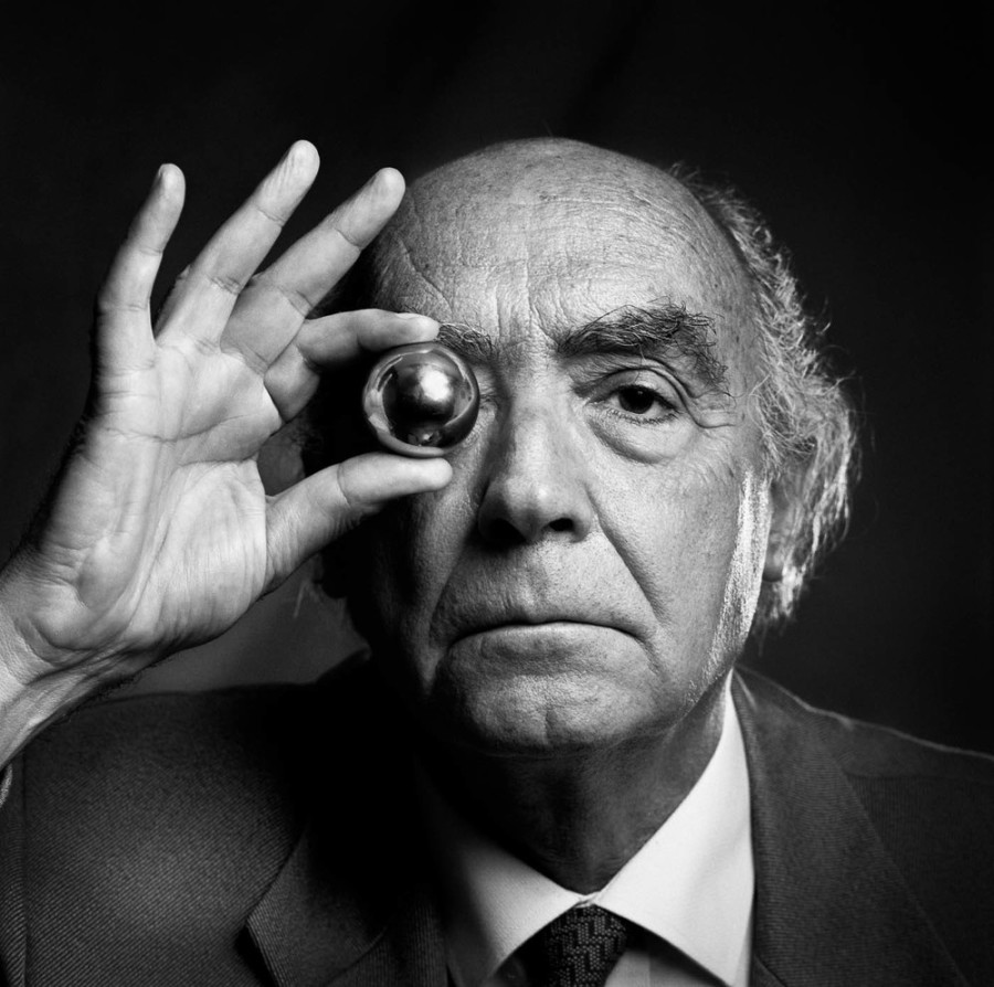 18 de junho - José Saramago, escritor português