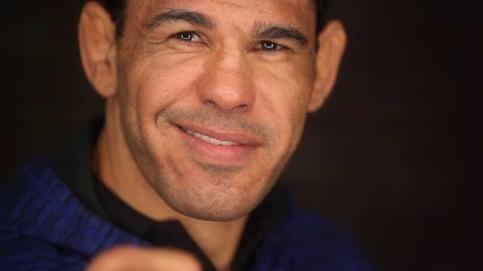 2 de junho - Rogério Minotouro, lutador brasileiro de MMA