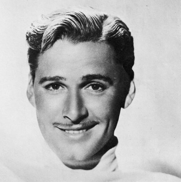 20 de junho - Errol Flynn, ator australiano