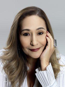 20 de junho - Sônia Abrão, jornalista e apresentadora de televisão brasileira