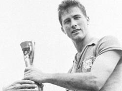 7 de junho - Bellini, futebolista brasileiro, primeiro capitão da Seleção Brasileira a erguer a taça da Copa do Mundo