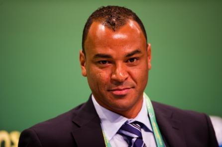 7 de junho - Cafu - ex-futebolista brasileiro.
