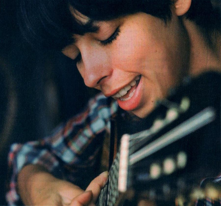 7 de junho - Nara Leão, cantora brasileira