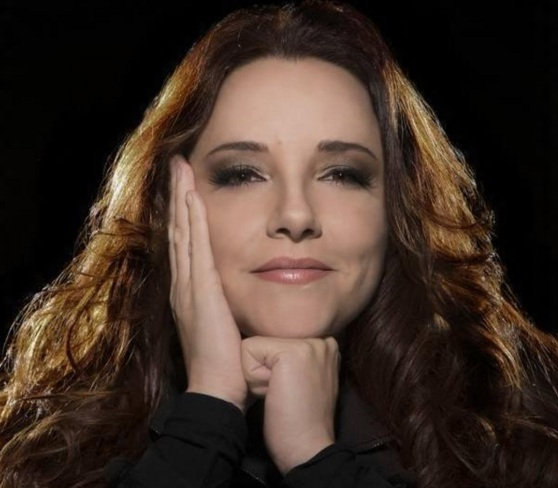 9-de-setembro-ana-carolina-cantora-e-compositora-brasileira