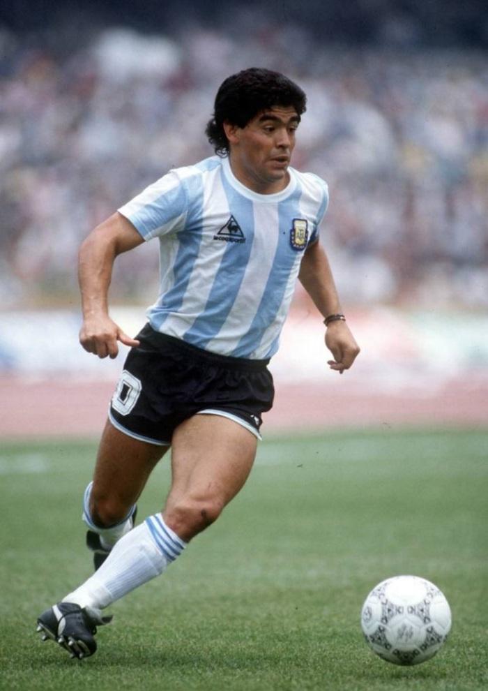 30-de-outubro-diego-maradona-ex-futebolista-argentino-em-atividade