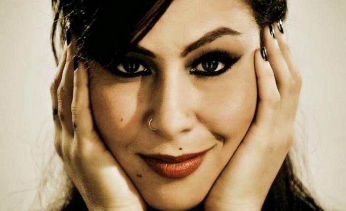 7-de-outubro-pitty-cantora-e-compositora-brasileira