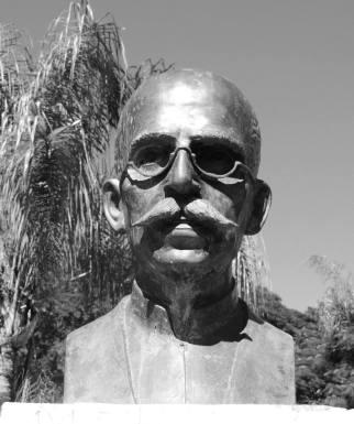 monumento-na-praca-ruy-barbosa-em-bauru-sp-foto-de-jaime-prado