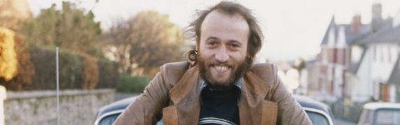 12-de-janeiro-maurice-gibb-cantor-compositor-e-multi-instrumentista-britanico
