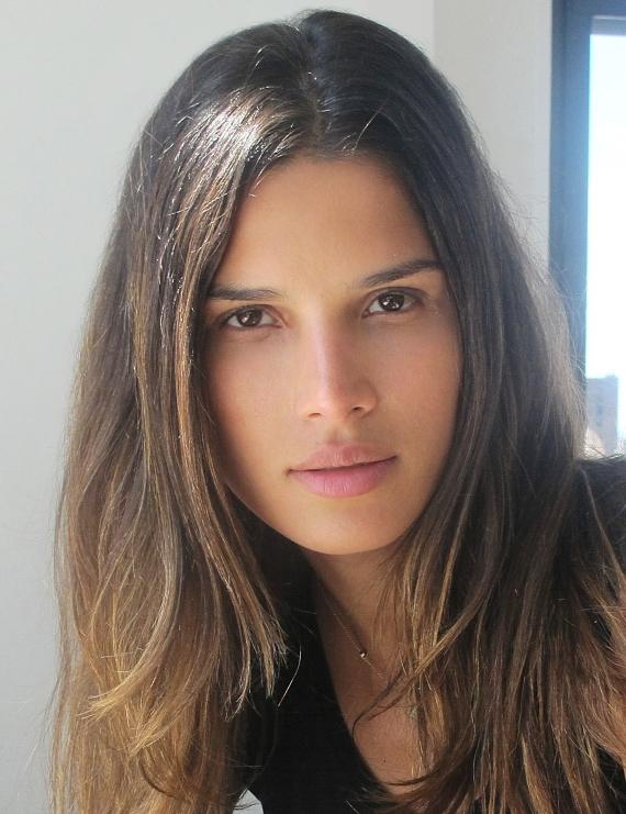 22-de-janeiro-raica-oliveira-modelo-brasileira