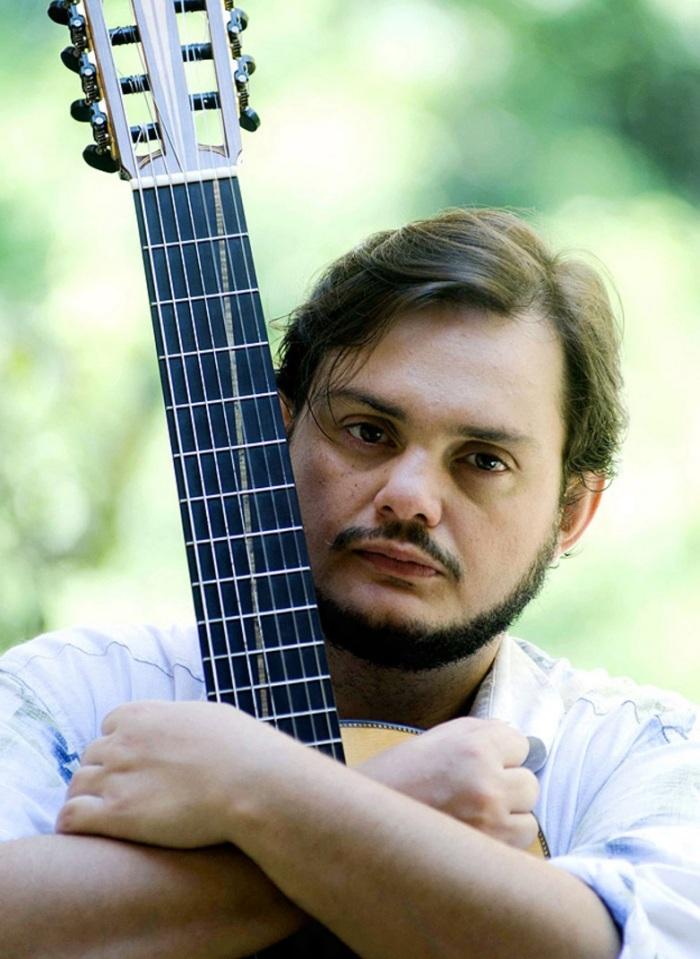 24-de-janeiro-yamandu-costa-violonista-e-compositor-brasileiro