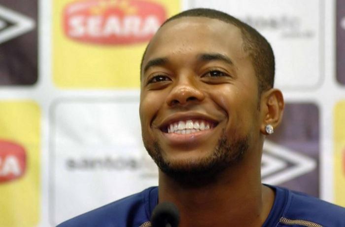 25-de-janeiro-robinho-futebolista-brasileiro