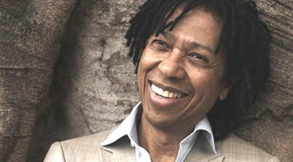 27-de-janeiro-djavan-cantor-e-compositor-brasileiro