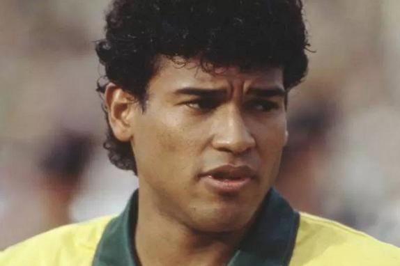 31-de-janeiro-muller-ex-futebolista-brasileiro