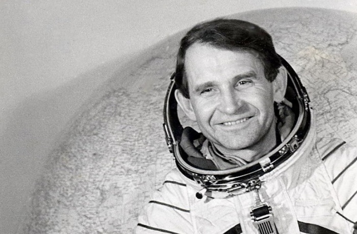 6-de-janeiro-oleg-makarov-cosmonauta-russo