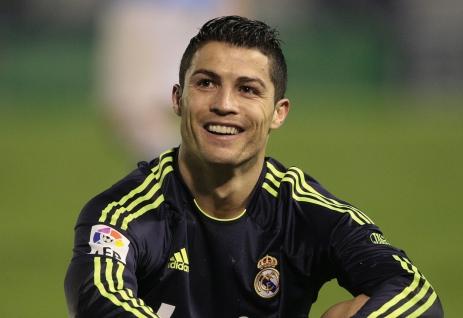 5-de-fevereiro-cristiano-ronaldo-futebolista-portugues