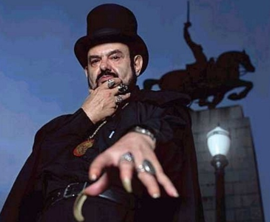 13 de março - José Mojica Marins, cineasta brasileiro.