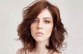 15 de Março - Bia Arantes - atriz e modelo brasileira.