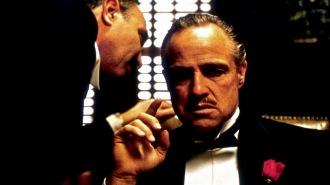 15 de Março - Marlon Brando é Don Corleone em The Godfather