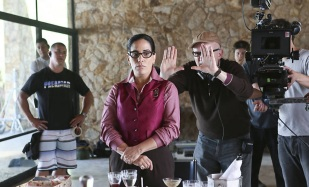 16 de Março - Glória Pires sendo dirigida por Bruno Barreto no filme Flores Raras