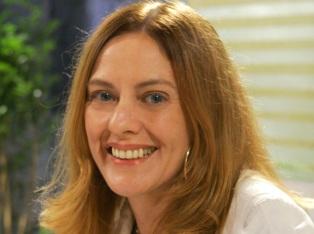 18 de Março - Chris Couto, atriz e apresentadora brasileira.