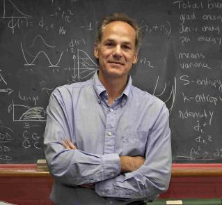 19 de Março - Marcelo Gleiser, físico, astrônomo e escritor brasileiro.