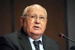 2-de-marco-mikhail-gorbachev-politico-e-estadista-russo