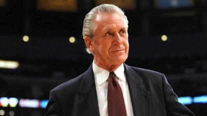 20 de Março - Pat Riley está na lista dos 10 melhores técnicos da história da NBA.