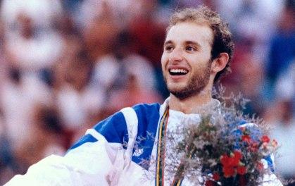 20 de Março - Tande, ex-jogador de voleibol brasileiro.