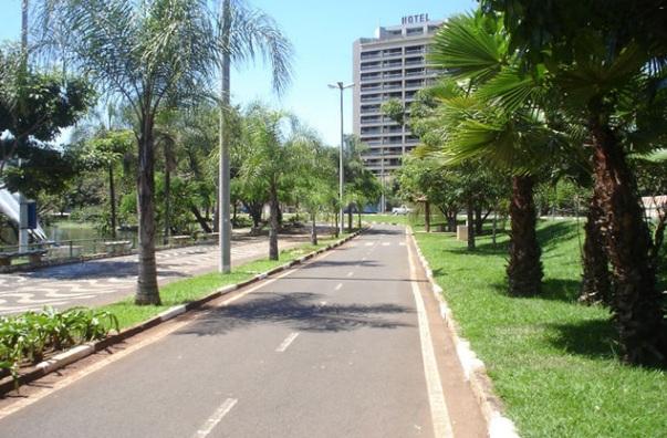 24 de Março - Araras (São Paulo) - Arborização
