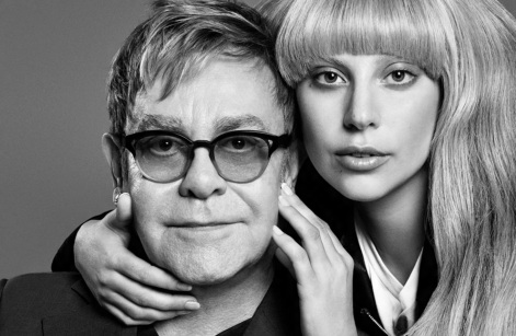 25 de Março - Elton John - músico, cantor e compositor britânico, com Lady Gaga.