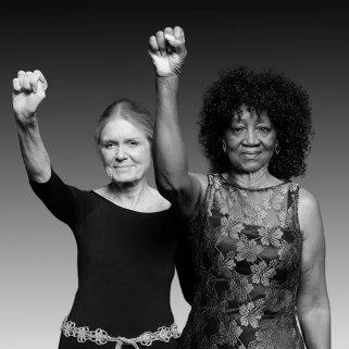 25 de Março - Gloria Steinem e Dorothy Pitman Hughes, nos dias de hoje.