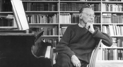 29 de Março - 1982 — Carl Orff, compositor alemão (n. 1895).