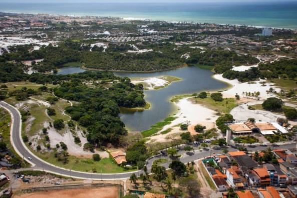 29 de Março - Salvador (BA). Vista aérea do Parque Metropolitano do Abaeté, em Itapuã