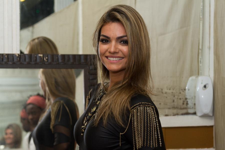 3-de-marco-kelly-key-cantora-brasileira
