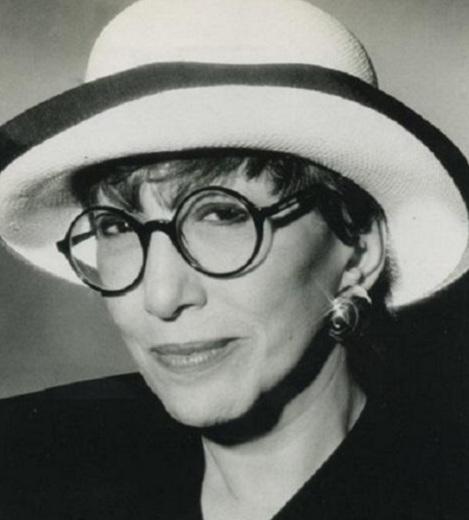 31 de Março - 1935 — Ruth Escobar - atriz e produtora cultural brasileira.