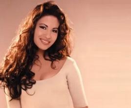 31 de Março - 1995 — Selena, cantora estado-unidense (n. 1971).