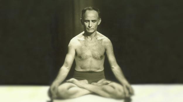 9 de março - Professor Hermógenes, filósofo, poeta, escritor e terapeuta brasileiro
