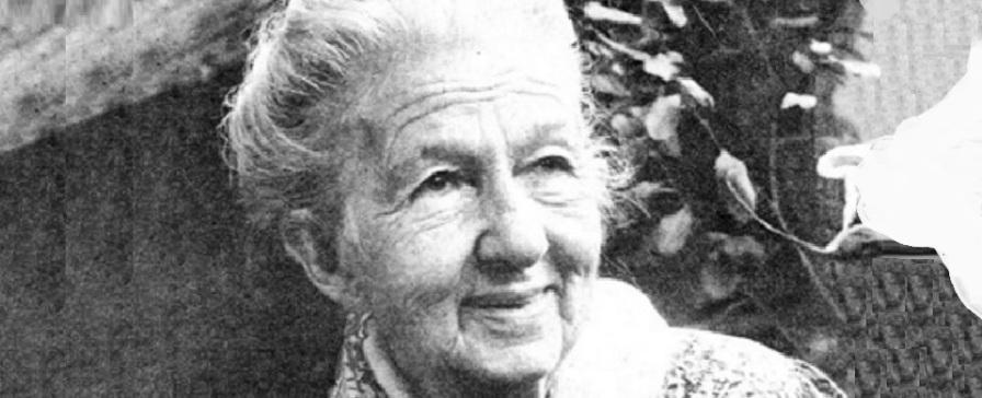 10 de Abril - 1985 — Cora Coralina, escritora brasileira (n. 1889).