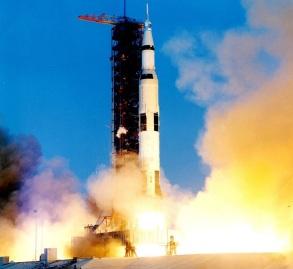 11 de Abril - 1970 - Lançamento da Apollo 13.